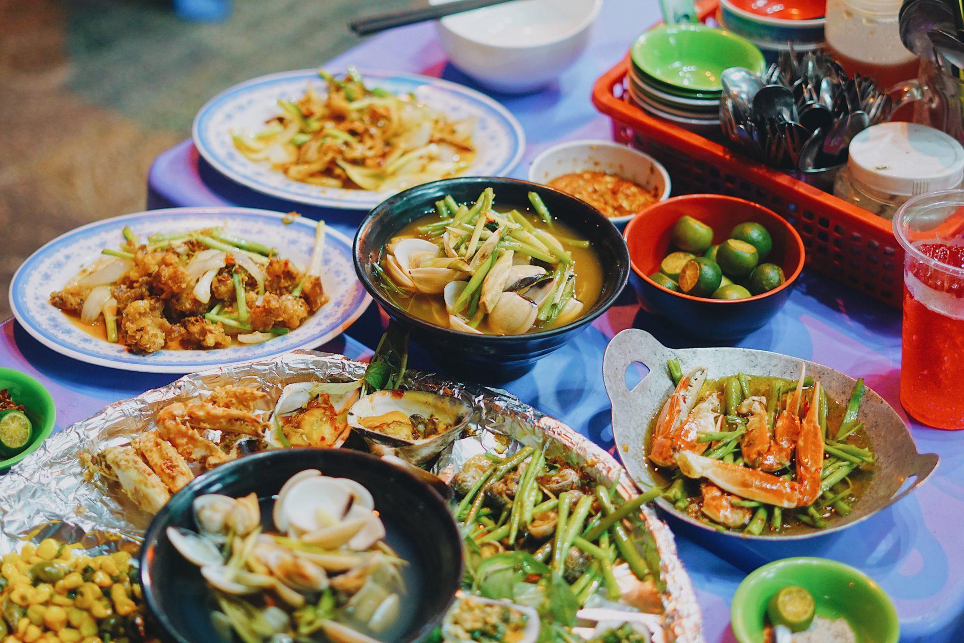 Du lịch Quy Nhơn giá rẻ, Bỏ túi 200k ăn ngon các món hải sản khi ...
